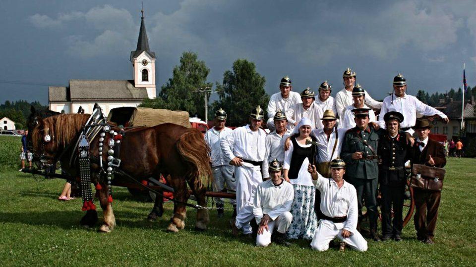 Historická ukázka na oslavách 125 let založení sboru 2