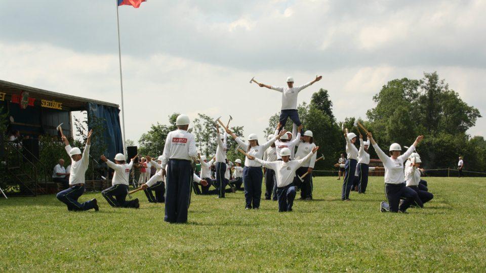 Sekyrkové cvičení při oslavách 125 let založení sboru
