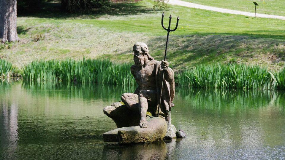 Neptun zde vládne nejen rybníčku, ale prý všem vodám