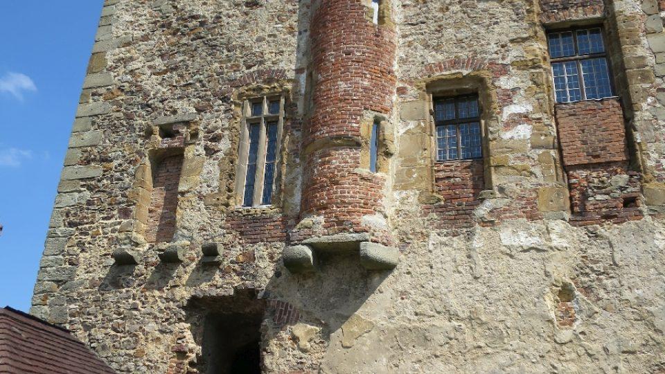 Točník a točité schodiště, kde hnízdí netopýři
