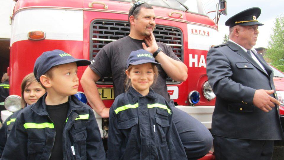 Dětí je u hasičů v Nové Vsi víc než dospělých