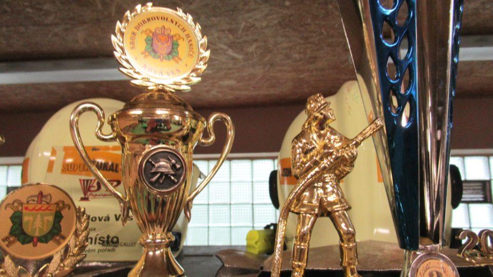 Trofeje hasičů z Nové Vsi