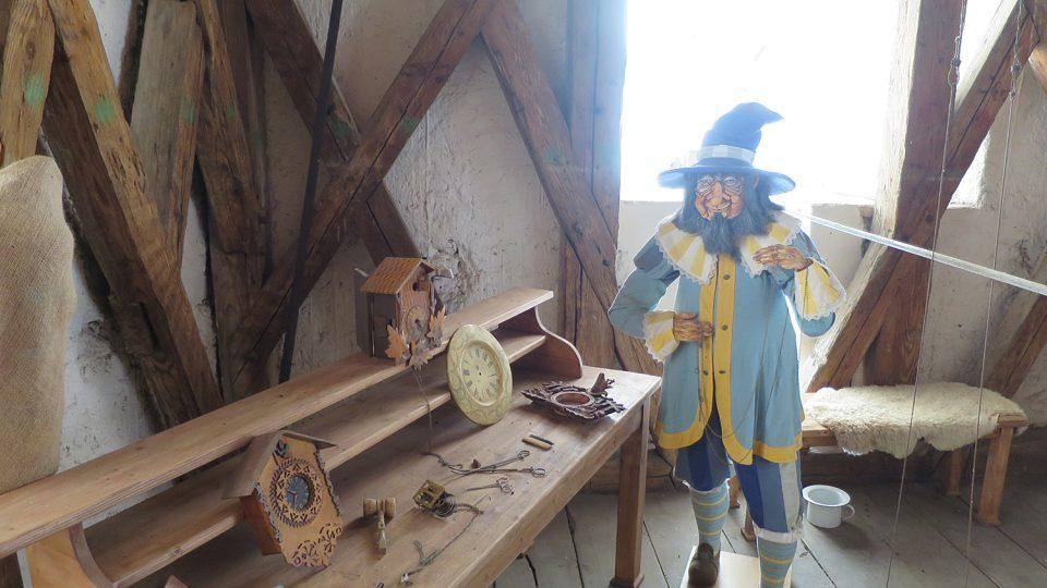 Ve věži see v historické expozici zabydlel hodinář