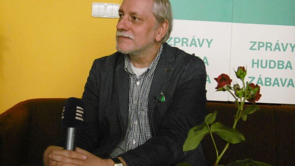 Pátečním hostem Českého rozhlasu Hradec Králové byl režisér Zdeněk Zelenka