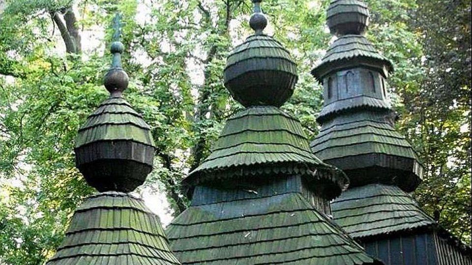 Dřevěný kostel Svatého Mikuláše v Hradci Králové je o 100 let mladší, než se předpokládalo
