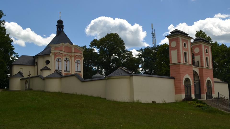 Hora Kalvárie je perlou mezi českými i moravskými poutními místy