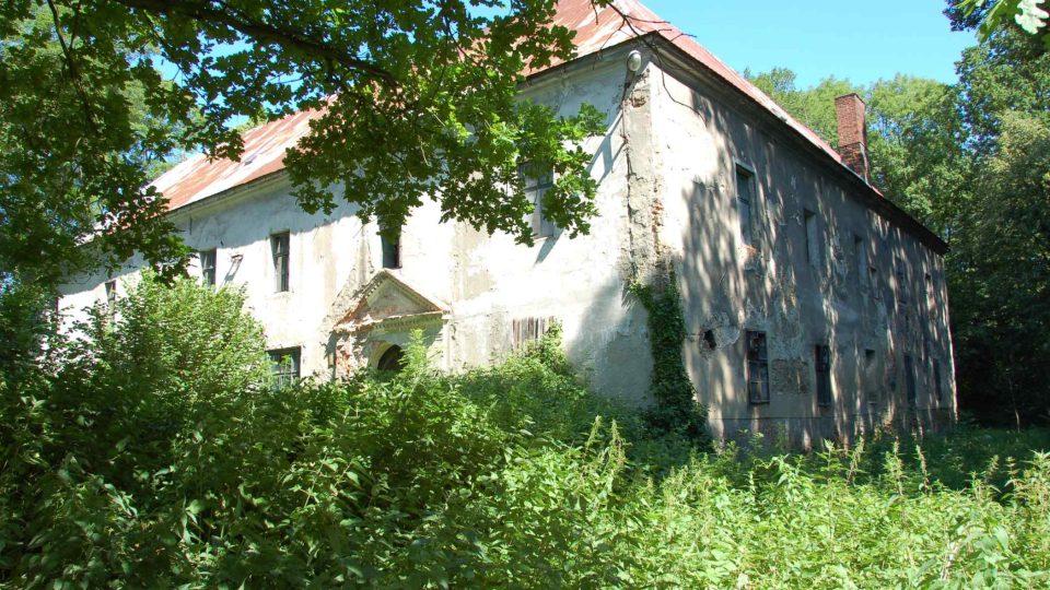 Budova starého zámku v Bravanticích
