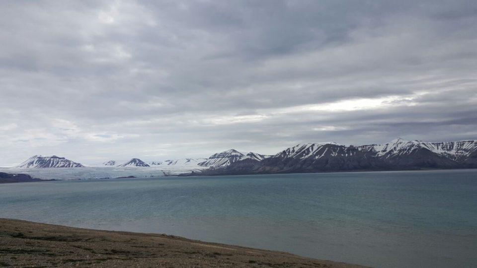 Ledovec Nordenskiold v zátoce Billefjorden Barentsova moře na Svalbardu