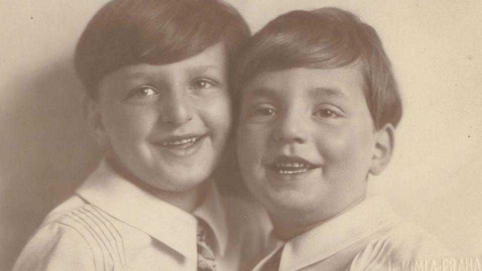 Miloš a Josef Gutovi, jaro 1929