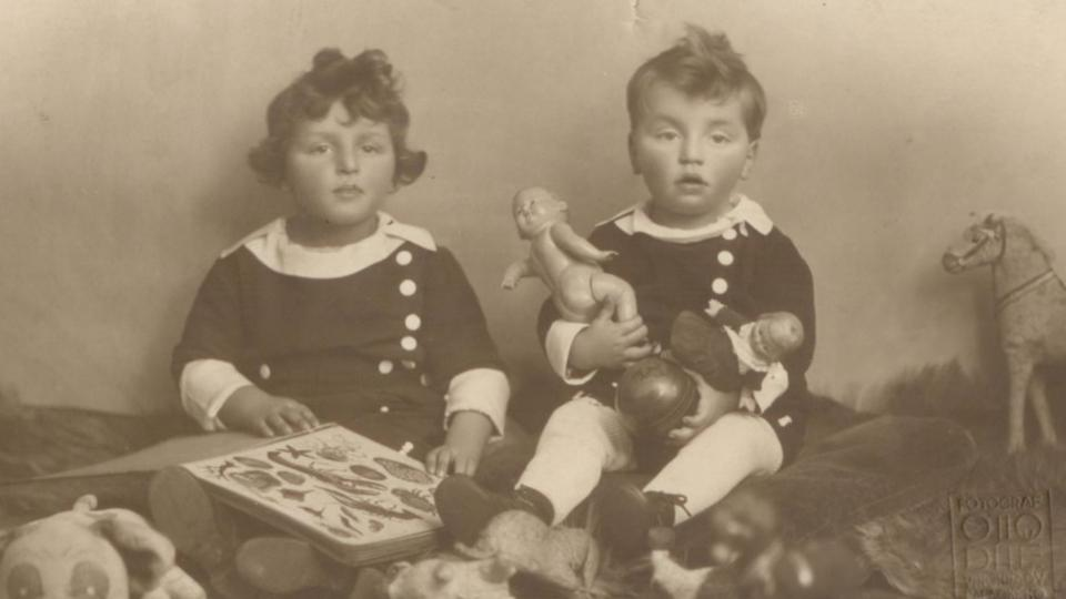 Miloš a Pepa Gutovi v prosinci 1925