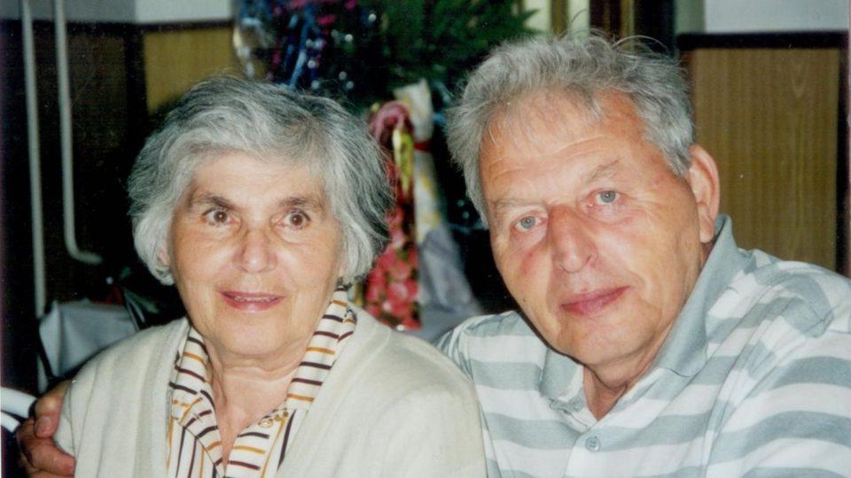 Zuzana a Miloš Dobří v roce 1999 (50 let po svatbě)