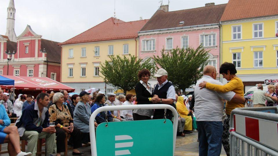 Návštěvníci festivalu si hudební program náležitě užili
