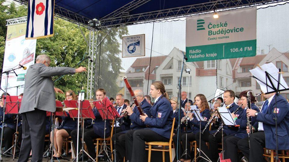 Velký dechový orchestr Kolín - Dolní Chvatliny