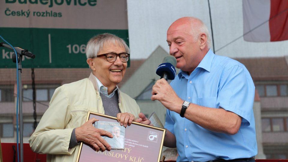 Ladislav Kubeš gratuluje k blížícím se 80. narozeninám textaři Miloni Čepelkovi