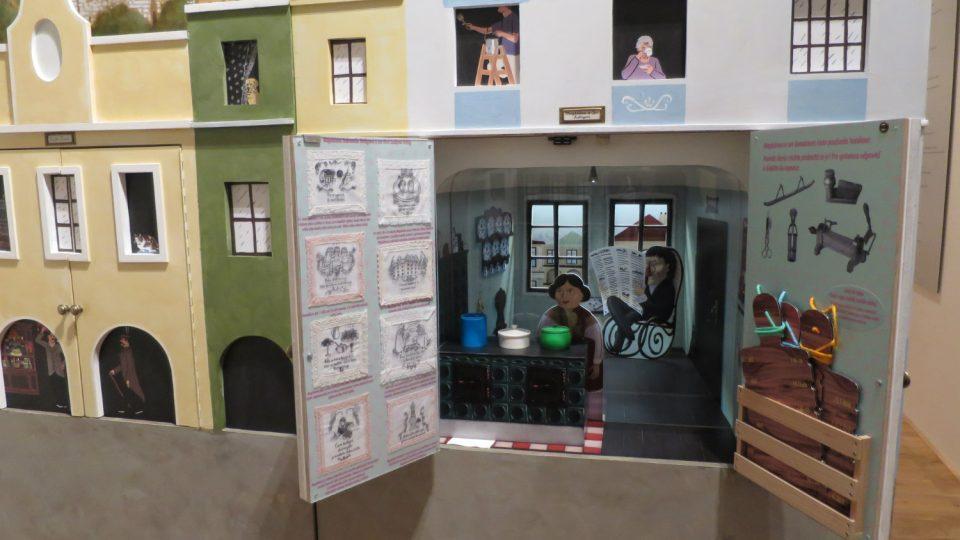 V maketách domů v interaktivní expozici Regionálního muzea Litomyšl uvidíte celou řadu slavných osobností