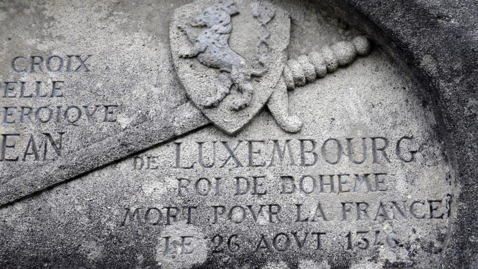 Detail Památníku u Kresčaku (Francie)