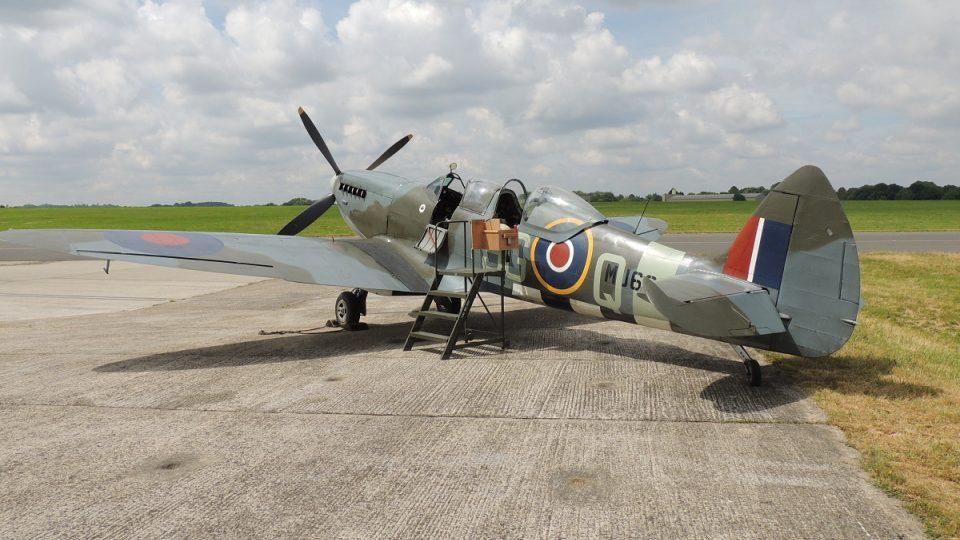 Spitfire Mk.IX, výrobní číslo MJ627