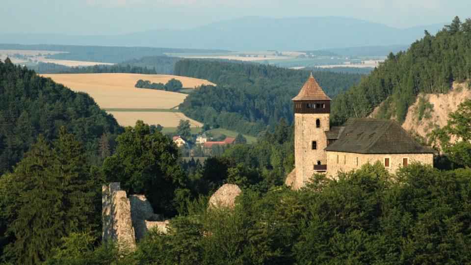 V době narození budoucího českého krále na Liticích pobýval jeho otec, Viktorín z Kunštátu