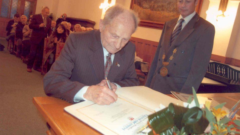 František Wiendl čestným občanem Klatov, 2008