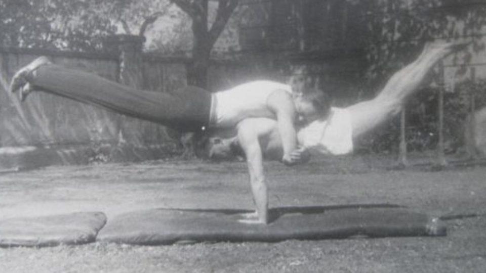 Gymnastické cvičení v Sokole