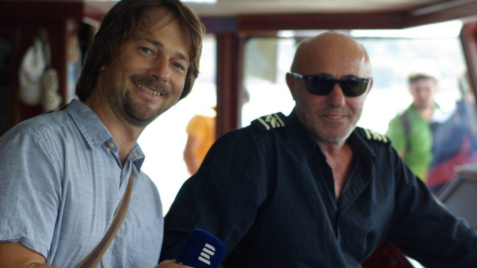 Autor reportáže Štěpán Macháček s kapitánem Zekeriyou