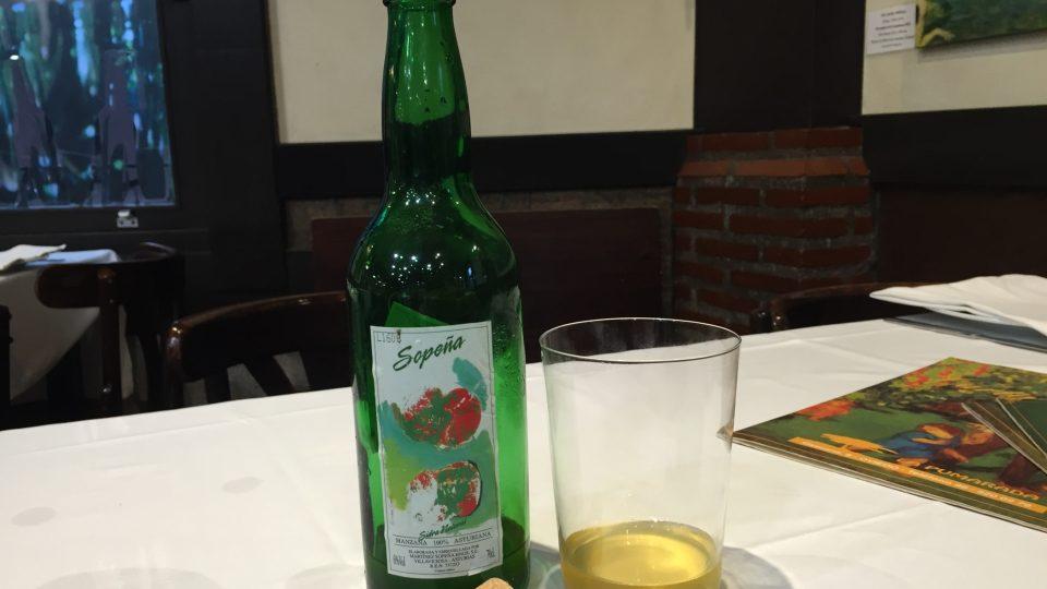Jablečný cider je pochoutka Asturie