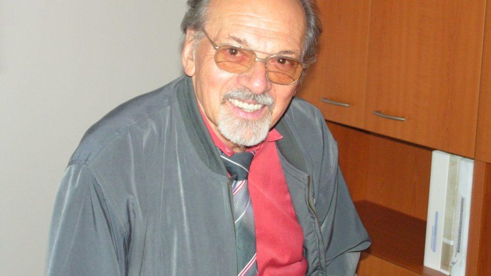 I v důchodu Otakar Bílek stále občas režíroval rozhlasové hry nebo pracoval na digitalizaci rozsáhlého zvukového archivu