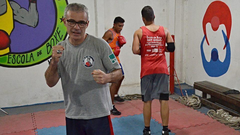 Raff Giglio, brazilský boxer, profesor, šéf neziskové organizace, která pomáhá dětem v chudinské čtvrti Vidigal