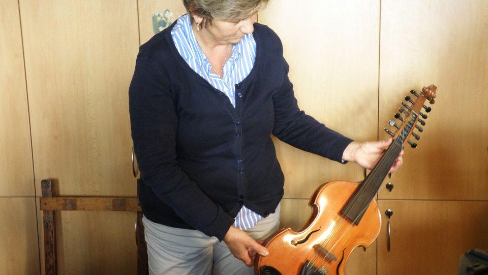Blanka Zázvorková a viola