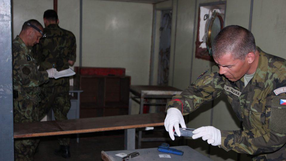 Liberečtí chemici se učili dovednostem forenzních specialistů