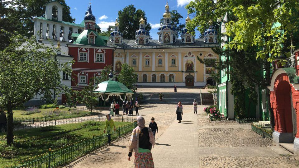 Svato-Uspenský klášter nikdy nepřerušil svou činnost