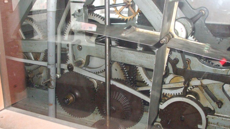 Hodinový stroj na žatecké radnici
