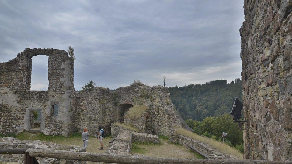 Hrad Potštejn býval rozsáhlý
