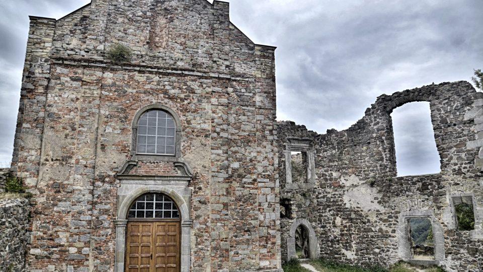 Jediný zachovalý palác