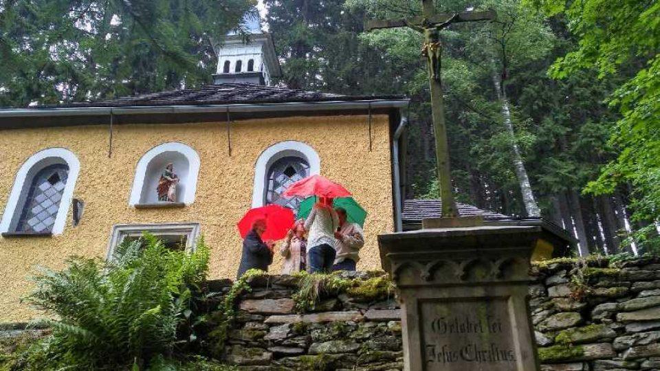 V kapli u svaté Anny se koná každý rok na konci července poutní mše