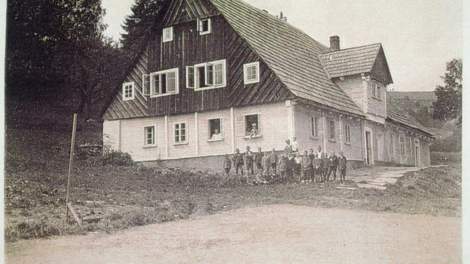 Sklenářovická škola