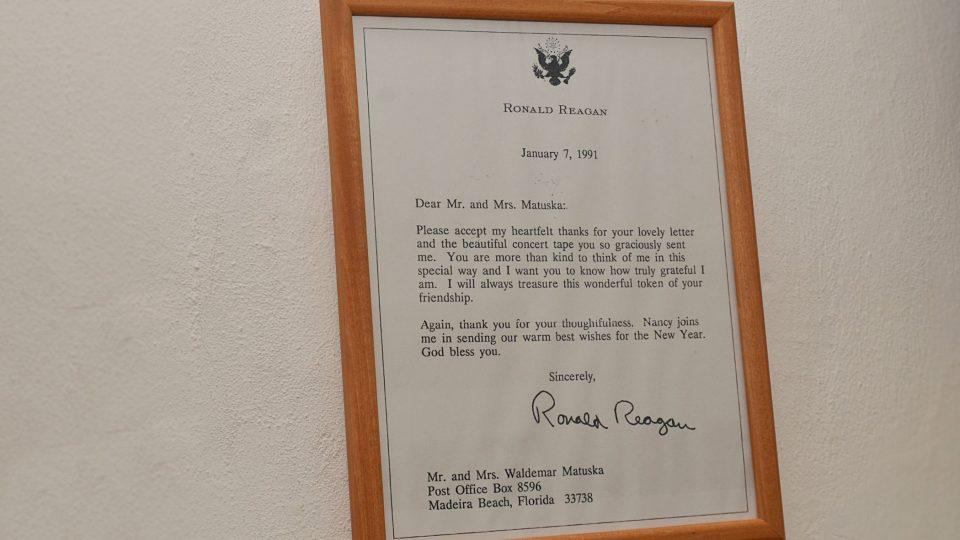 Omluvenka Ronalda Reagana