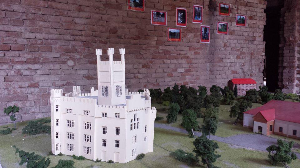 Model zámku v prvním patře