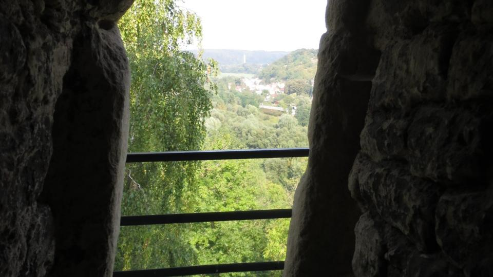 Poslední pohled ven před vstupem do věže