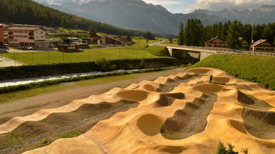 Několik pumptracků mají třeba ve Švýcarsku