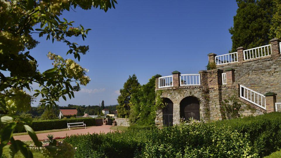 Horní terasy zámeckého parku