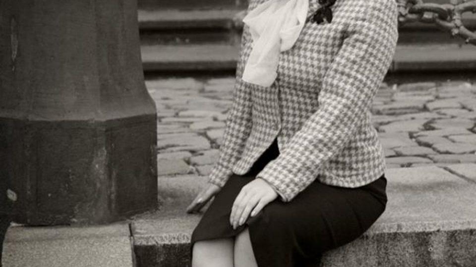 Dasha Marlen v dobovém oblečení