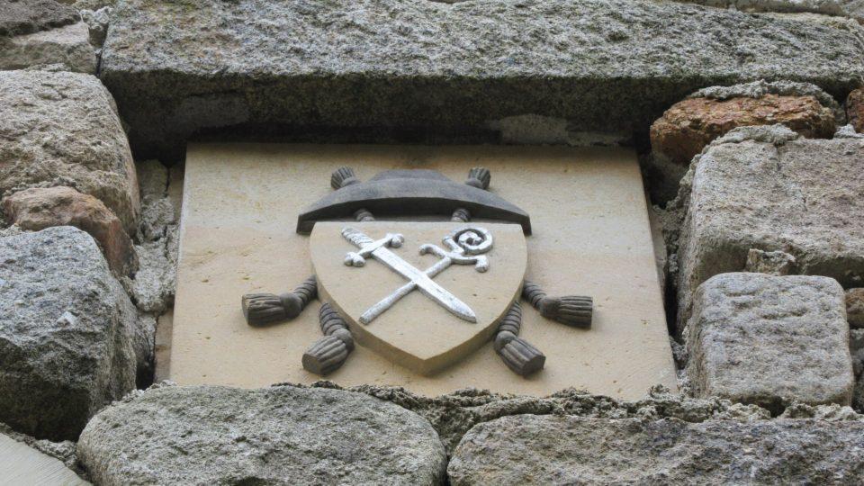 Erb zakladatele hradu Konráda Plika