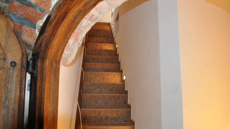 Schody zavedou návštěvníky podzemí jen asi tři metry pod povrch