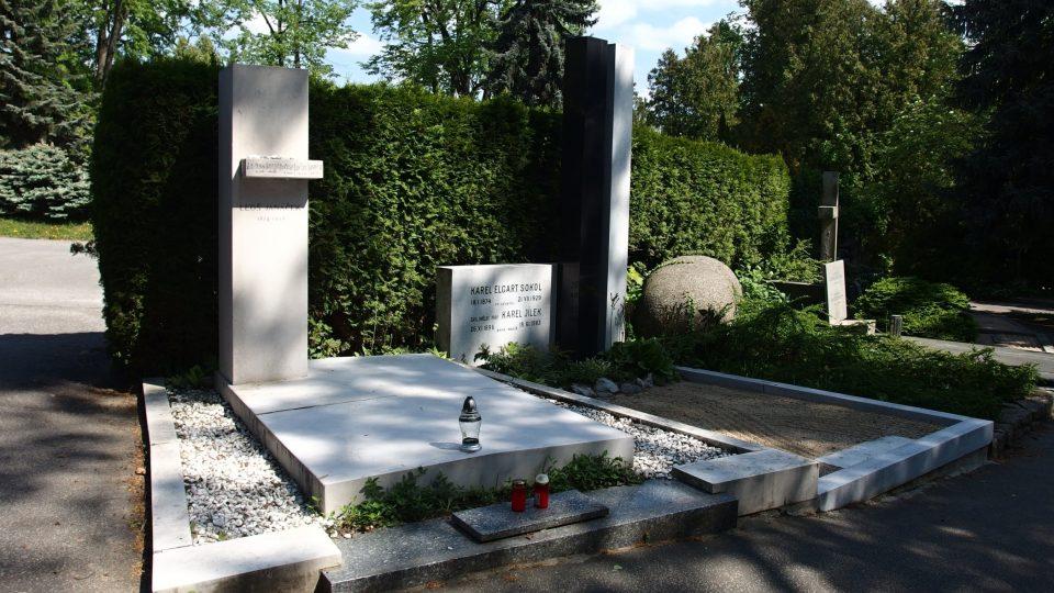 Hrob Leoše Janáčka na brněnském Slavíně