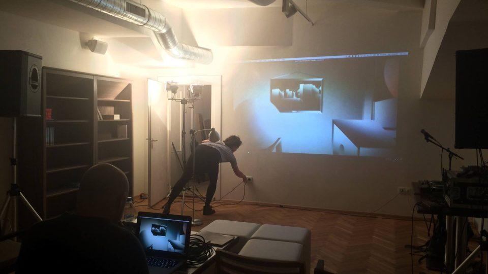 Příprava prezentace projektu Vyprávět nevyprávěné na Jednom světě