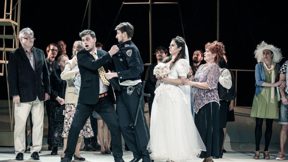 Komedii Knězovy děti uvádí činohra Jihočeského divadla