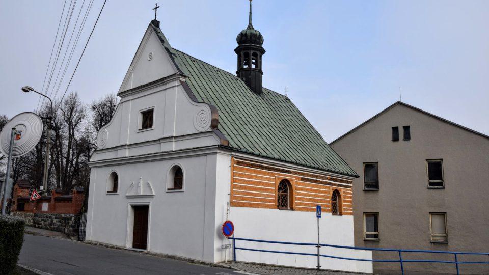 Hřbitovní kaple sv. rodiny v Odrách
