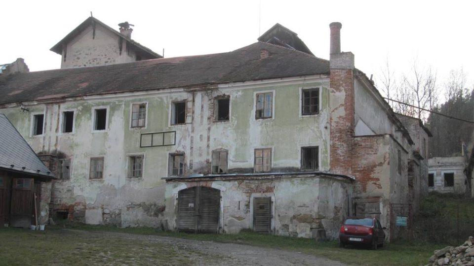 Bývalý pivovar v areálu kláštera ve Vyšším Brodě