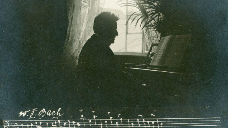 August Stradal při hře